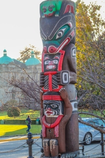 10 12 18 Statues & Sculptures around Vancouver Island BC Canada (4 of 10)