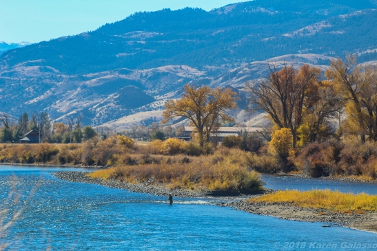 10 22 18 Yellowstone River Emigrant MT (1 of 5)