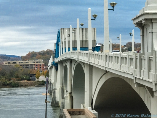 11 23 18 Walnut Bridge-Market St Bridge Chattanooga TN (3 of 5)