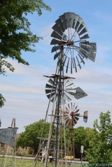 4 27 19 Windmill Sculpture somewhere in OK MO or TX... (3 of 7) (4)