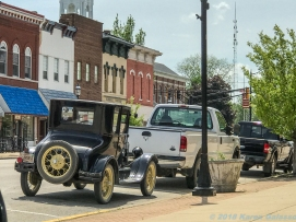 5 18 19 Marshall IL antique cars murals lions world's largest gavel We Are Marshall (5 of 30)