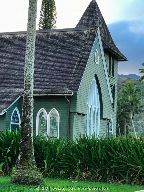111 19 17 Wai'oli Hui'ia Church in Hanalei (2 of 4)